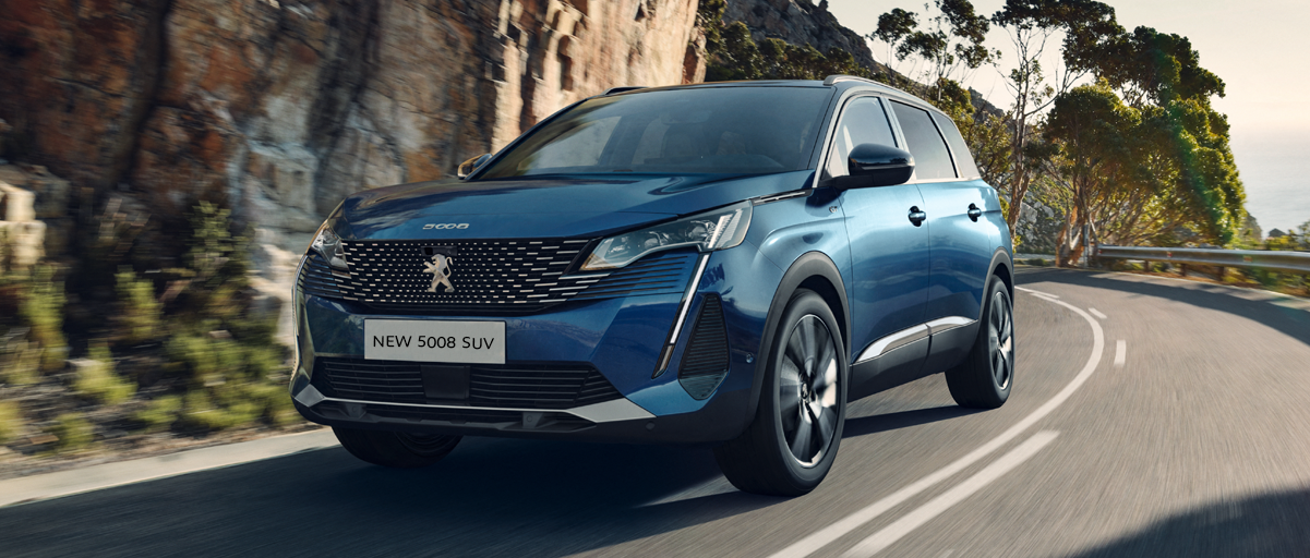 New Peugeot 5008 SUV - Front